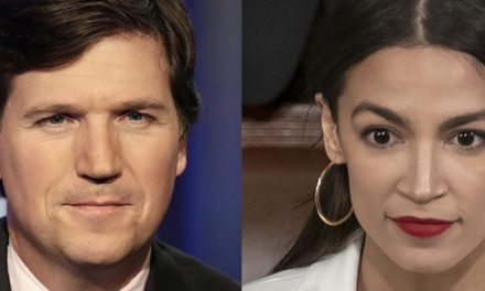 ¿Pueden Tres Palabras Destruir a un Imbécil? Pregúntale a AOC y al Títere #1 de Fox News