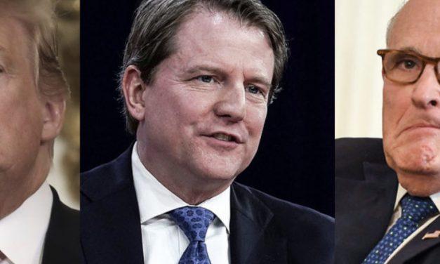 Trump Quiso Presionar a Otro de sus ex Abogados y Como no le Escuchó Ahora lo Está Desacreditando
