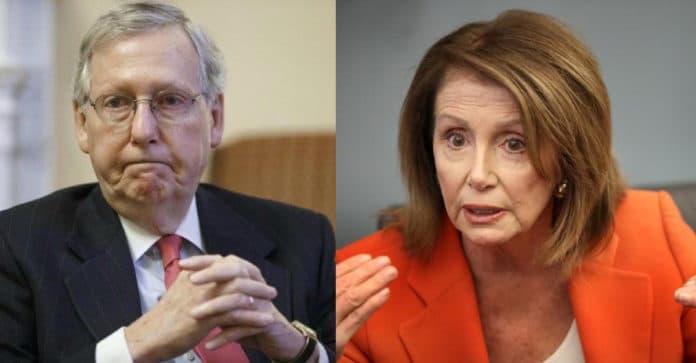 Republicanos y Demócratas le Están Fallando Vergonzosamente al Pueblo Estadounidense