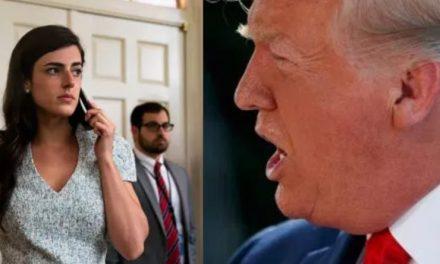 Acaban de Despedir a la Asistente de Trump Por Hablar de una Miembro de la Familia e Ignorar a Otra