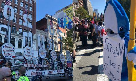 """La Manifestación de los """"Machos Machos"""" de la Derecha Terminó Siendo un Total Desastre"""