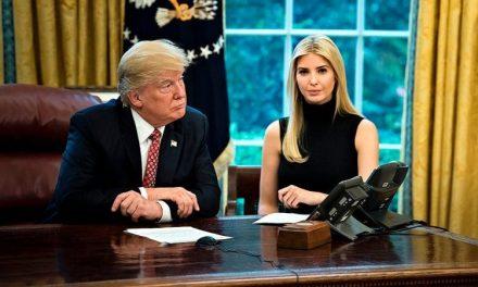 Nepotismo Puro: Donald le Pasa el Teléfono a Ivanka Trump Durante Llamadas Con Líderes Extranjeros