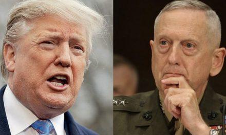 """Trump se Burla de su ex Secretario de Defensa Como """"el General Más Sobrevalorado del Mundo"""""""