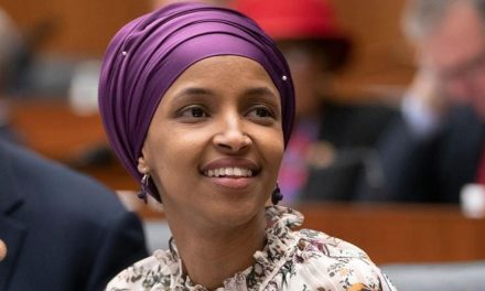 Aspirante Republicana a Congresista Fue Expulsada de Twitter Por Furibundos Ataques a Ilhan Omar