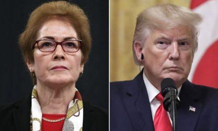 Un Desesperado Trump Vuelve a Atacar a la Valiente Embajadora, Ahora Con Comentarios Sexistas