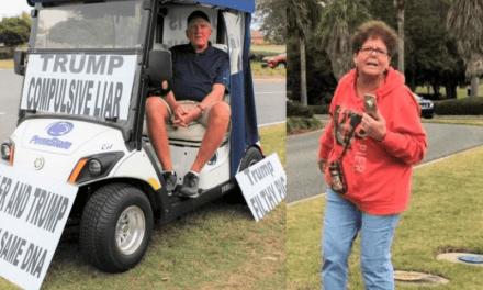 Estalla Caos en Aldea de Florida Cuando Jubilados Llaman a la Policía y Emiten Amenazas por Protestas Contra Trump