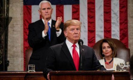 El Ego de Trump en Estado Crítico a Medida que Caen las Calificaciones del Estado de la Unión