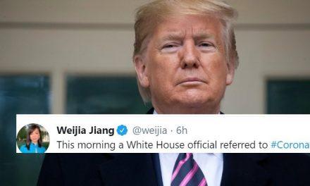 Promueven Apodo Racista para Coronavirus: Funcionario de Trump se lo Soltó en su Cara a Reportero Chino-Estadounidense