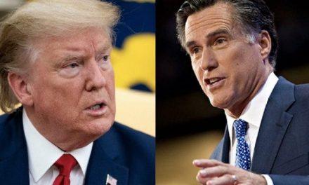 """""""El Presidente es, Después de Todo, el Presidente"""", Dice la Mentirosa, Mientras Mitt Romney Desafía Públicamente a Trump"""