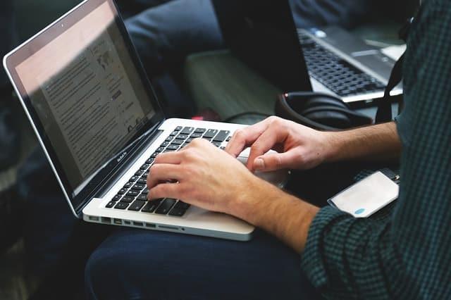 Cómo Saber a Qué Velocidad Eres Capaz de Teclear o Transcribir un Texto. Puede Serte Muy Útil