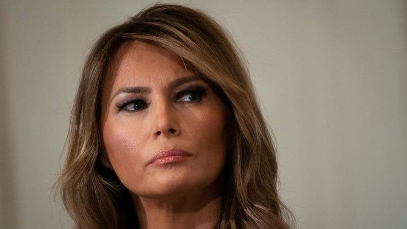 Salen al Aire los Trapos Sucios de Melania Trump, Nada Menos Que en Boca de su ex Asistente Principal